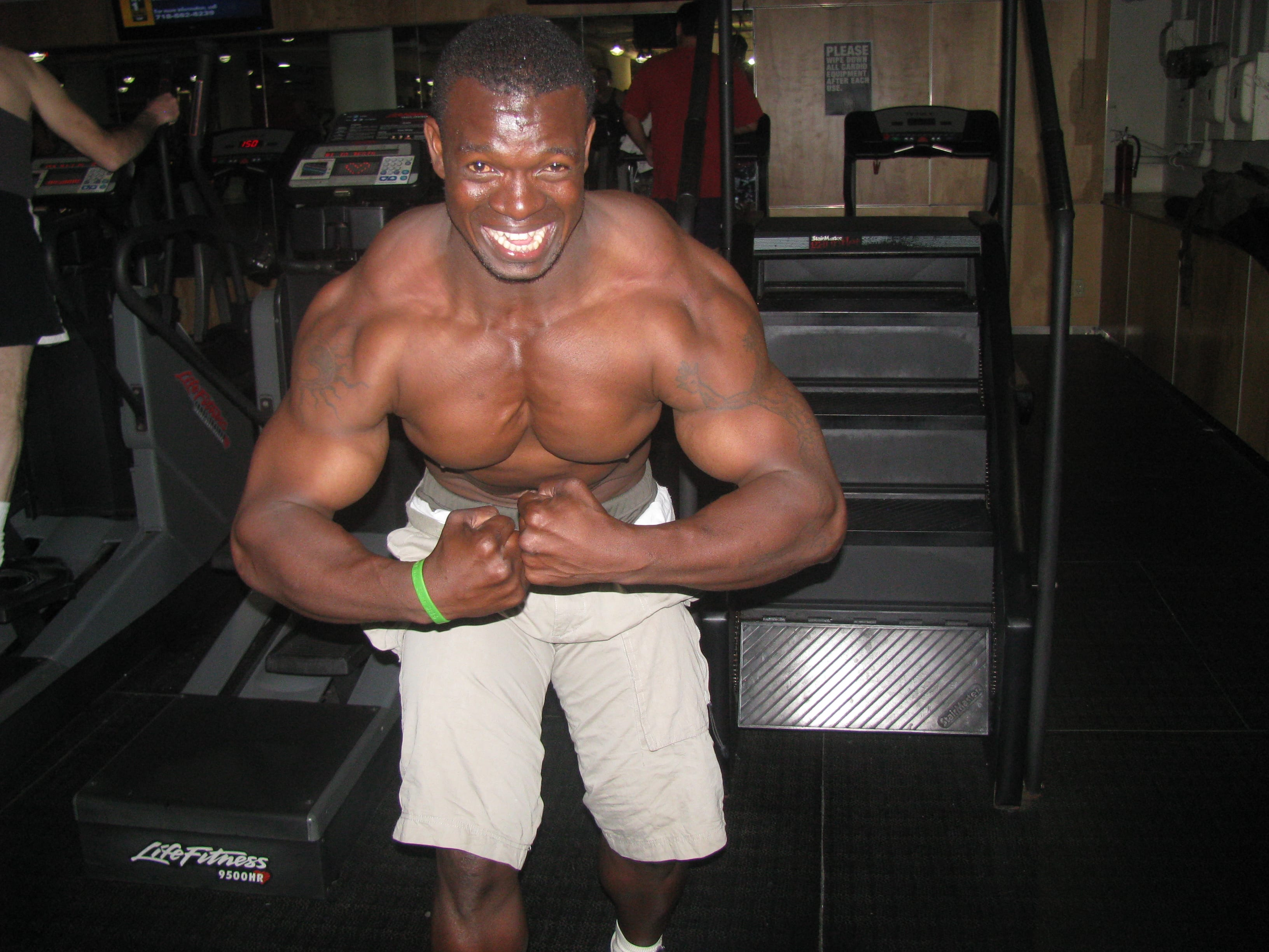 fred-sanya-2007-bodybuilding-champion